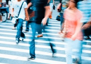 California Personal Injury Attorneys - pedestrians on pedestrian crossing